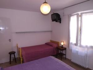 8 camera letto